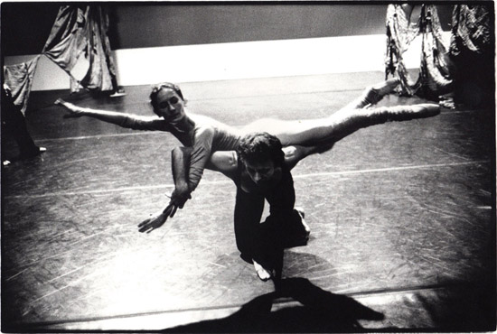 Christina Gallea & Alexander Roy rehearsing 'Visages d'une femme' – Copyright Geoff Howard