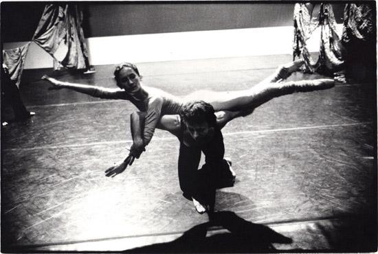 Christina Gallea & Alexander Roy rehearsing 'Visages d'une femme' – Copyright Geoff Howard