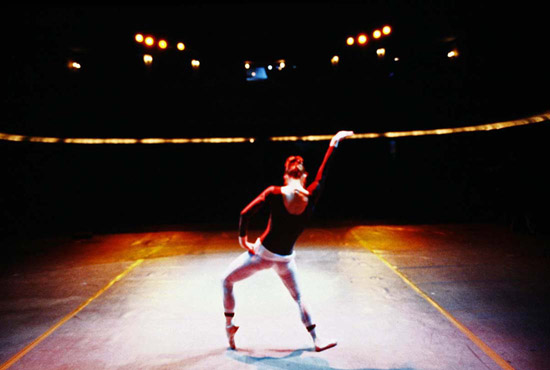 Prue Sheridan rehearsing on stage in Hong Kong- Copyright Geoff Howard