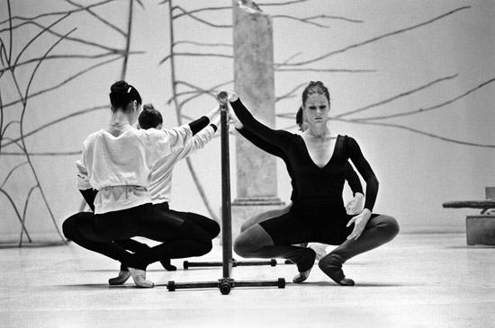 The Daily Class – Prue Sheridan (R) – Copyright Geoff Howard